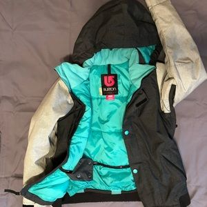 Burton Youth snowboard jacket size Medium (10/12).
